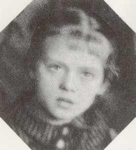 Девочка Алиса Фрейндлих